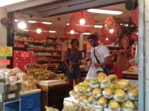 Geschäft in Paris