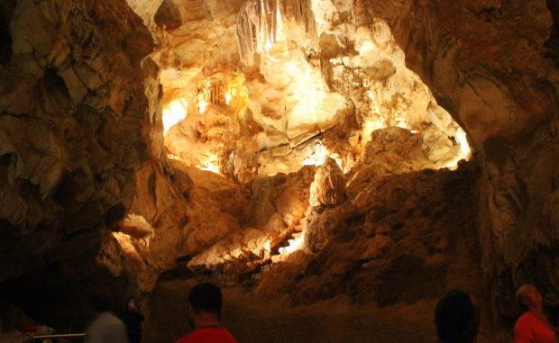 Lucas Caves