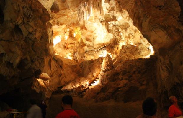 Lucas-Caves-Besichtigung