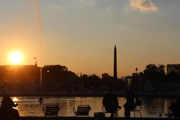 Paris bei Abenddämmerung