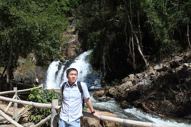 ich am Datanla Wasserfall