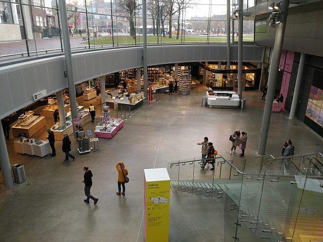 Van Gogh Museum drinnen