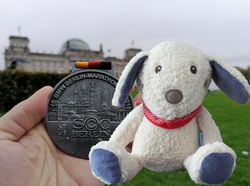 Berlin Marathon mit Contentbär