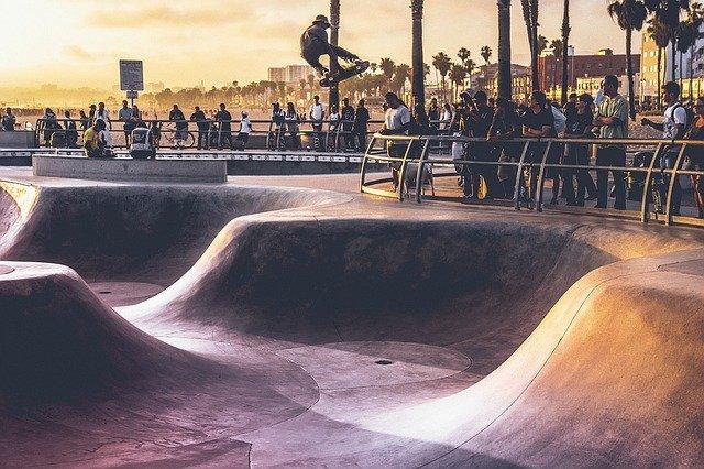 Skateboarding Europa