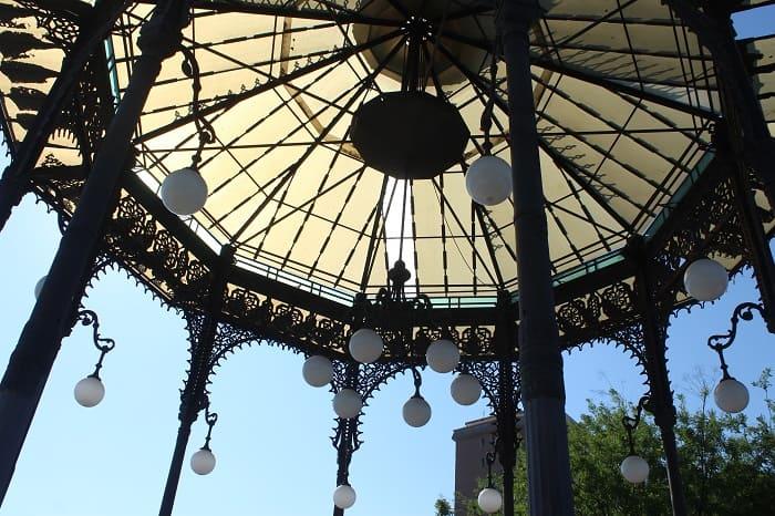 Pavillon im Giardino Bellini in Catania